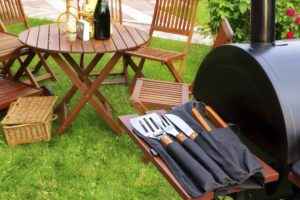 Maintain your outdoor grill with the following tips!